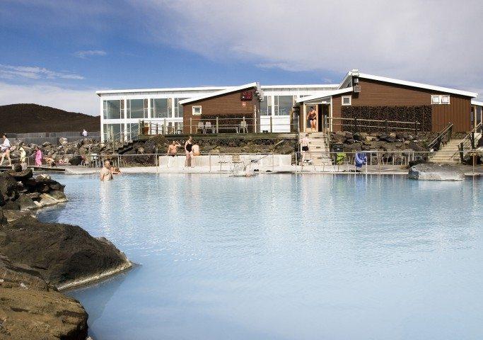 Die Badekultur und Schwimmbäder in Island