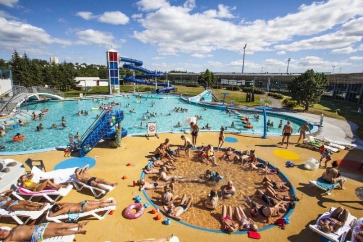 Die isländische Schwimmbad-Etikette: So duscht man richtig!