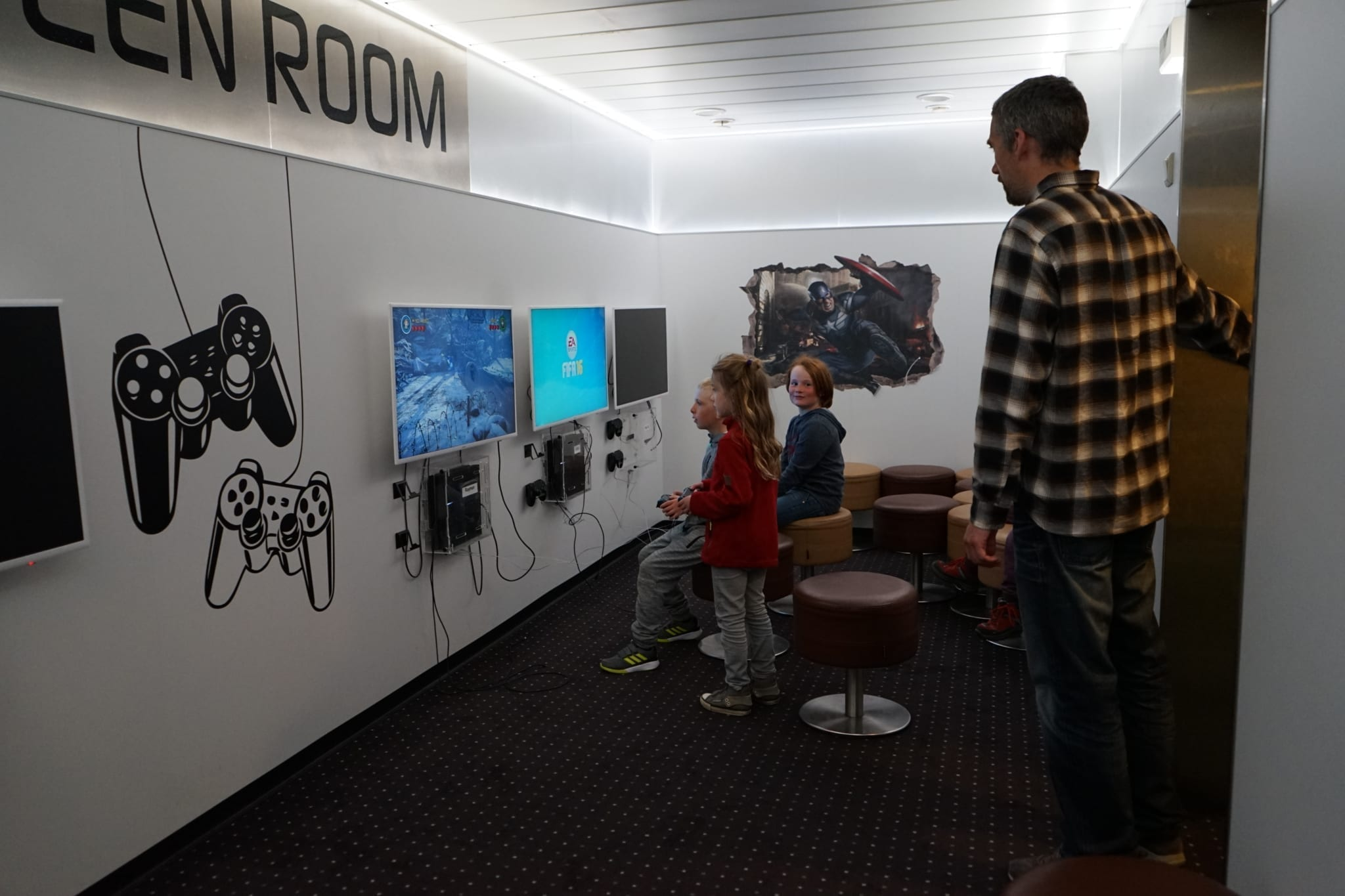 Teen Room Norröna Smyril Line