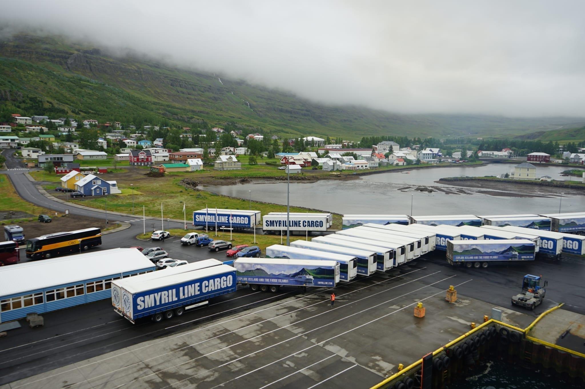 Hafen Seyðisfjörður Smyril Line Norröna