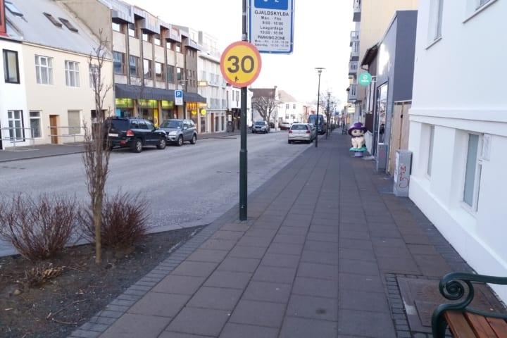Wie gehen die Isländer mit COVID-19 um?
